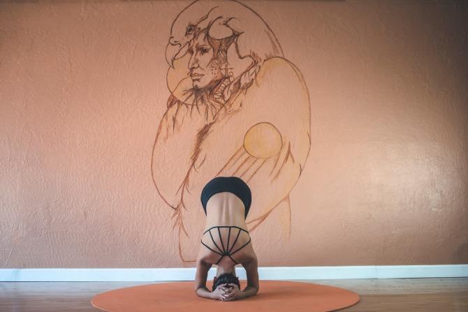 yoga-2607012_1920